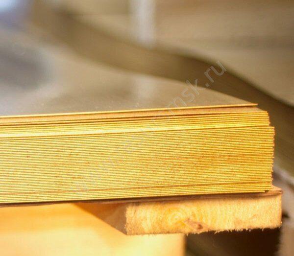 лист латуни в пачках
