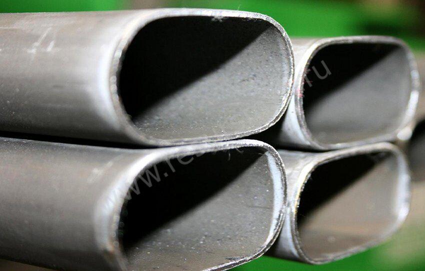 стальная плоскоовальная труба